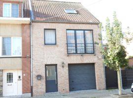 Agréable maison bien située, avec garage et jardin!